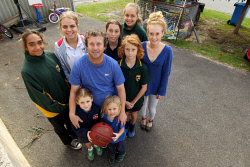 ALA-0001381 © WestPix David Arthur juggles basketball coaching and umpiring while looking after his eight children.  Picture: Laurie Benson Albany Advertiser