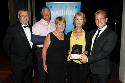 ALA-0001720 © WestPix City of Albany Mayor Dennis Wellington, sponsor ??? Bairstow, ASLSC's Crlia Waugh, 2016 Sports Person of the Year veteran winner Jenny Slattery representing her husband Rob Slattery and guest speaker Brant Garvey. Picture: Laurie Benson Albany Advertiser