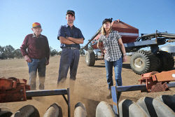 CTY-0003795 © WestPix Des O'Connell, with son-in-law Frank Chia and daughter Kerryn Chia, prepare for seeding on the family farm at Duranillin. The family only received 1mm of rain during April on the property. 28 APRIL 2017 Picture: Danella Bevis The West Australian