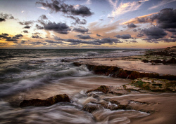 FEA-0007288 © WestPix Sunset at North Cottesloe Perth WA. Picture: Shaun Fearn