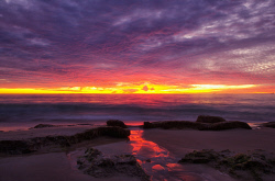 FEA-0007304 © WestPix A beautiful sunset at Perth WA. Picture: Shaun Fearn