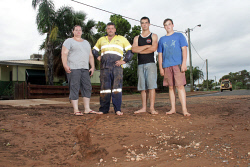 KGM-0029992 © WestPix Rain in Kalgoorlie-Boulder.  Picture: Mary Meagher. Prince family of Ardagh Avenue, Tracey Prince, Jason Prince, Dylan Prince and Jacob Prince 17.