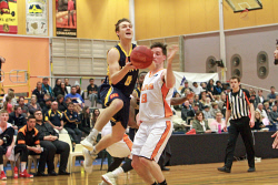 KGM-0033147 © WestPix Goldfields Giants Vs Kalamunda Eastern Suns at Kambalda Community Recreation Centre.  Picture: Mary Meagher. Giants' Daniel Goodluck and Suns' Jamieson Lewis.