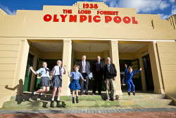 KGM-0034594 © WestPix Lord Forrest Olympic Pool opening, Laura O'Sullivan, 12, Jameson Howley, 13, Sage Brewer, 8, City of Kalgoorlie-Boulder CEO John Walker, Mayor John Bowler, long time resident and frequent visitor to the pool Bryan Thomas and Ebony Brewer, 6. (Picture: Louise White) 15th August 2017