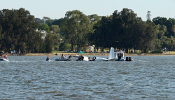 KGM-0029690 © WestPix Seaplane just crashed into the swan river.  Picture Daniel Wilkins The West Australian