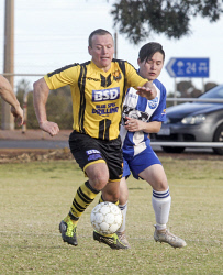 KGM-0035066 © WestPix Boulder City Vs Kalgoorlie College.  Picture: Mary Meagher.