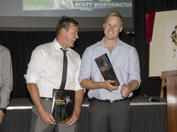 KGM-0036793 © WestPix Goldfields Sports Star of the Year and Sporting Hall of Fame.  Picture: Mary Meagher. Finalists for Sports Star of the Year Michale Worthington with his brother and winner of the award Scott Worthington.