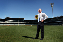 SUN-1404921 © WestPix West Coast Eagles' inaugral captain, Ross Glendinning at Subiaco Oval ahead of the Eagles Round 1 derby clash with the Fremantle Dockers.   Picture: Bill Hatto  12 March 2013  The West Australian