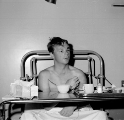 TWA-0059576 © WestPix PILOT MALCOLM YEO PICTURED RECOVERING IN ROYAL PERTH HOSPITAL AFTER HIS SIX-SEATER CESSNA 206 AIRCRAFT CRASHED LANDED ON MCGILLIVRAY OVAL IN SHENTON PARK AFTER LOSING POWER. HE HAS FIFTEEN STITCHES IN A CUT TO HIS HEAD AND SEVEN IN HIS LEFT EYEBROW. 5 DECEMBER 1966.