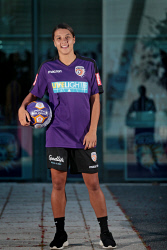 TWA-0079456 © WestPix Samantha Kerr is back home in Perth. She is pictured at Perth Glory headquarters. 25 OCTOBER 2017 Picture: Danella Bevis The West Australian