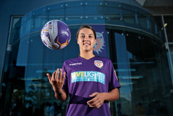 TWA-0081931 © WestPix Samantha Kerr is back home in Perth. She is pictured at Perth Glory headquarters. 25 OCTOBER 2017 Picture: Danella Bevis The West Australian