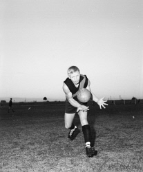 TWA-0081984 © WestPix PERTH FOOTBALLER BARRY CABLE IN ACTION AT TRAINING. 22 JULY 1965.