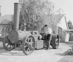 WAN-0031848 © WestPix MR G. K. FOSTER OF DIANELLA WHO PLANS TO RESTORE THIS 61 YEAR OLD MANN STEAM WAGGON. 16 OCTOBER 1965.