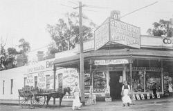 WAN-0031873 © WestPix A SHOP ON THE CORNER OF STIRLING HIGHWAY AND BAY VIEW TERRACE, CLAREMONT IN 1910.